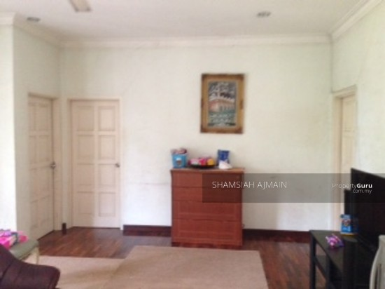 Bungalow at Kota Damansara  89826518