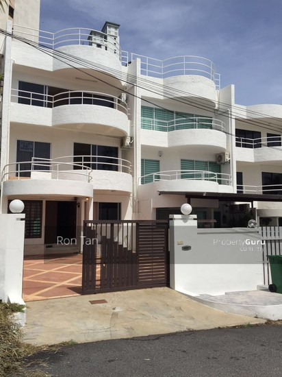 3 Storey Terrace House @ Mount Pleasure  91338725
