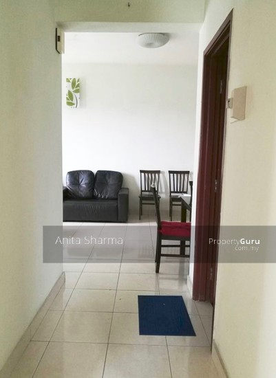 E-Tiara Serviced Apartment Hallway 102645089