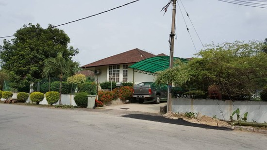 Villa In Kajang Country Height  106825175