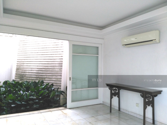 Damansara Heights 2.5 sty Bungalow with swimming pool  108546422