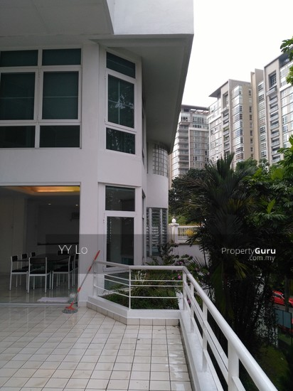 Damansara Heights 2.5 sty Bungalow with swimming pool  108546437