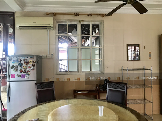 [ FULLY RENOVATED ] Port Klang 2.5 Storey CORNER  108721139