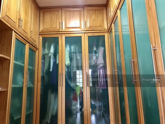 [ FULLY RENOVATED ] Port Klang 2.5 Storey CORNER  108721610