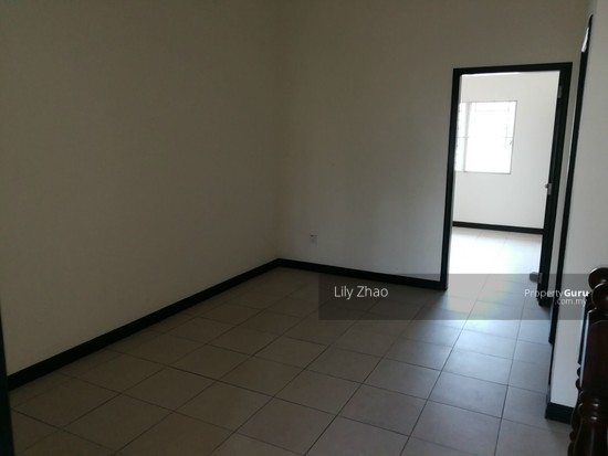 2.5 Storey Terraced House, Kingfisher Sulaiman Ph 2  121023245
