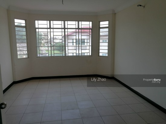 2.5 Storey Terraced House, Kingfisher Sulaiman Ph 2  121023266