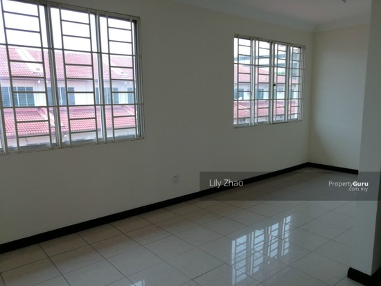 2.5 Storey Terraced House, Kingfisher Sulaiman Ph 2  121023287