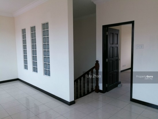 2.5 Storey Terraced House, Kingfisher Sulaiman Ph 2  121023602