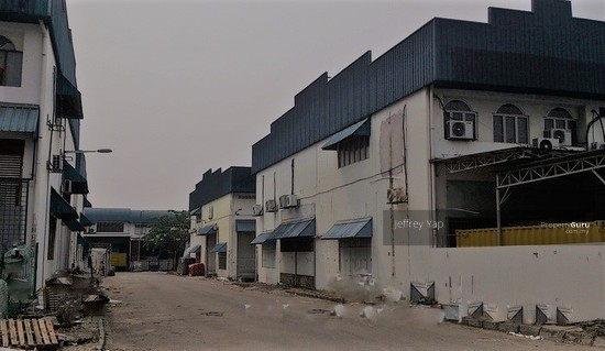 Desa Tun Razak ,1.5 Factory ,End lot  109609520