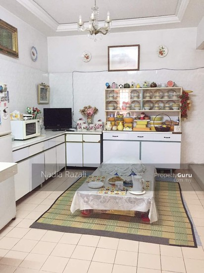 2 Storey Terrace House (RENOVATED) Taman Bunga Negara Section 27 Shah Alam  110743058