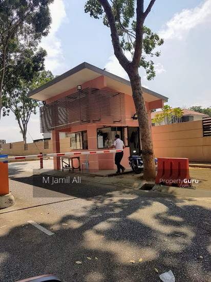Bungalow With Land Banyan Close Bukit Mahkota, Kajang Guard parol 111400541