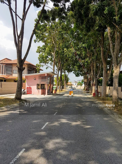 Bungalow With Land Banyan Close Bukit Mahkota, Kajang Main entrance gate 111400559