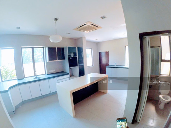 Bungalow With Land Banyan Close Bukit Mahkota, Kajang Island kitchen 111400757