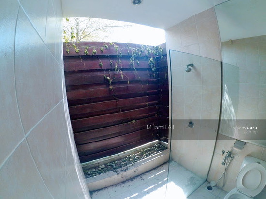 Bungalow With Land Banyan Close Bukit Mahkota, Kajang Bathroom 111400790