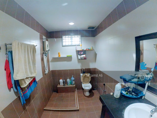 Bungalow Banyan Close Bukit Mahkota Bangi Bathroom 111421340