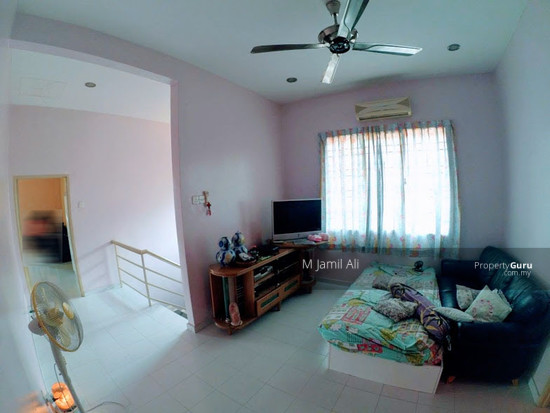 Bungalow Banyan Close Bukit Mahkota Bangi Living hall 2 111421511