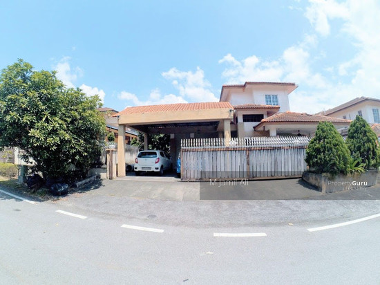Bungalow Banyan Close Bukit Mahkota Bangi In front view 111425000