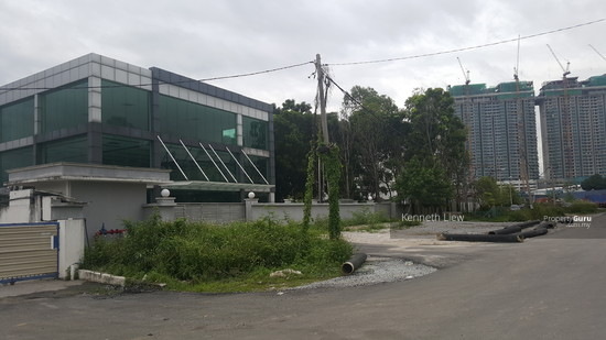 3 lot industrial land with 3 building la 2 acre in Chan Sow Lin  116749385