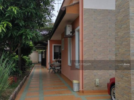 Bungalow (Fully Renovated) Bandar Bukit Mahkota, Bangi.  117269930