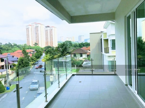 3 storey corner bungalow with Lift Taman Langat Jaya @ Langat 3 Balcony view 119970989