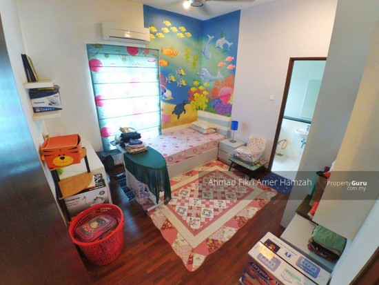[ FREEHOLD ] Bungalow Taman Taming Mutiara 3 Kajang [ FORMERLY A SHOW UNIT HOUSE ]  124947833