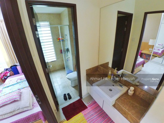 [ FREEHOLD ] Bungalow Taman Taming Mutiara 3 Kajang [ FORMERLY A SHOW UNIT HOUSE ]  124947854