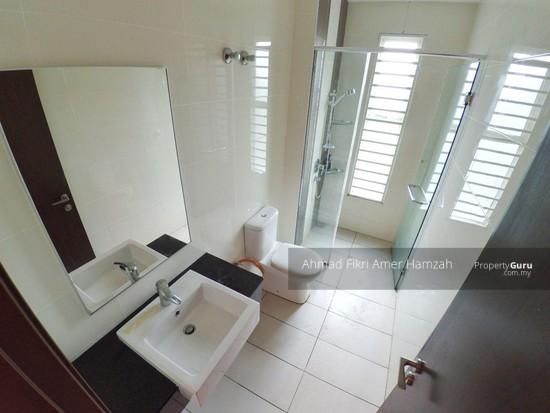 [ FREEHOLD ] Bungalow Taman Taming Mutiara 3 Kajang [ FORMERLY A SHOW UNIT HOUSE ]  124947863
