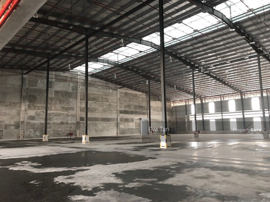 Iskandar Puteri Port of Tanjung Pelepas Warehouse with 200Am Power Supply for Rent  127453686