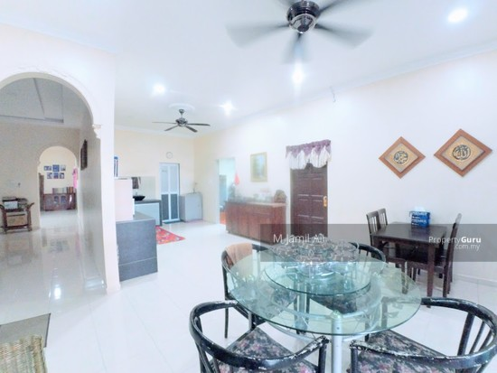 Village Bungalow Segamat Johor Guest area left - right is dining hall area 128028062