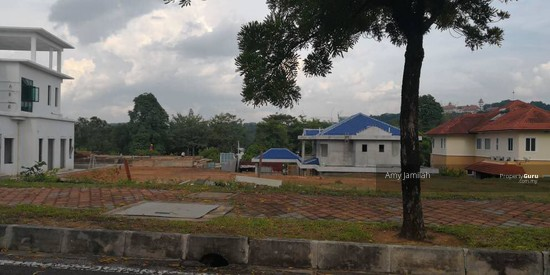 LAND NEAR LAKE Precint 10, Putrajaya  128288698