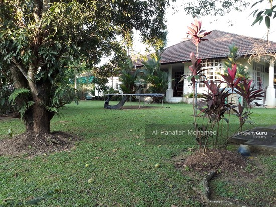 1-Sty Bungalow CORNER Lot, Country Heights, Kajang  128844590