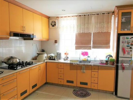 Corner Freehold Double Storey house at Taman Rainbow, Jalan Ipoh for Sales, near Chong Hwa School  128893946