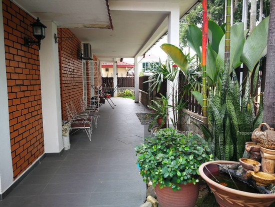 Corner Freehold Double Storey house at Taman Rainbow, Jalan Ipoh for Sales, near Chong Hwa School  128894018