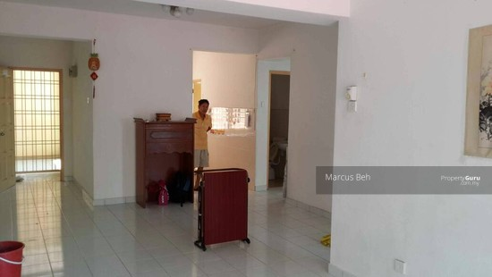 Sri Dahlia Apartment (Kajang)  129040976