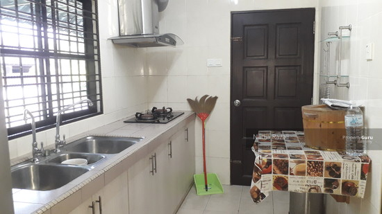 EXCLUSIVE! 2 Storey Semi D (Fully Renovated), Taman Sri Andalas, Klang  129134016