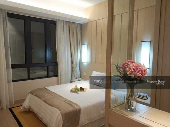 24% Rebate + Furnished, Early Bird Package , Freehold Luxury Condo  129670912