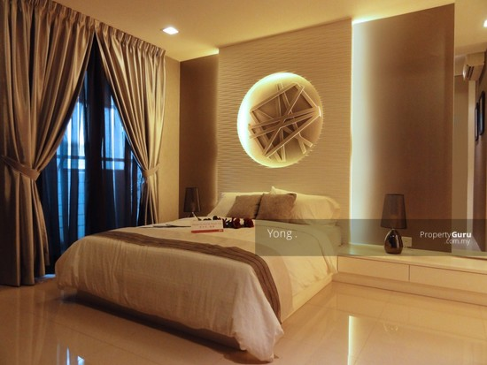 Freehold Giant Condo (Free 7 years Installment +Free Furnished +Cash Back  129684435