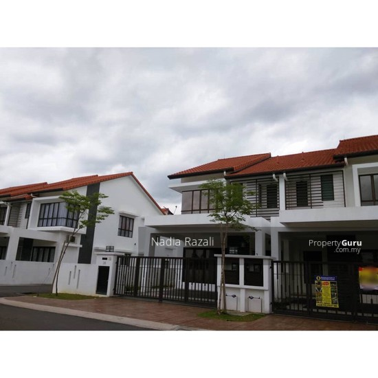 SPACIOUS & FREEHOLD 2-Storey Terrace Intermediate Alam Impian (I&P) Shah Alam  129806632
