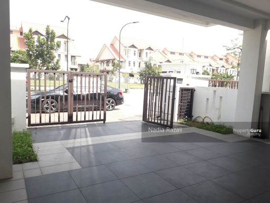 SPACIOUS & FREEHOLD 2-Storey Terrace Intermediate Alam Impian (I&P) Shah Alam  129938214