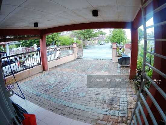 [RENOVATED] Double Storey End Lot Putra Height Subang Jaya  129977010