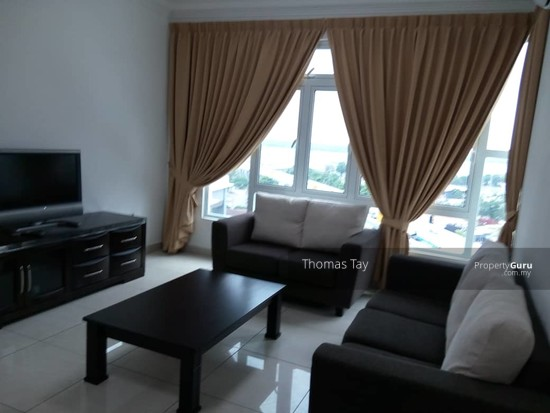 Golden Sands Seaview Residence Suites  131496301