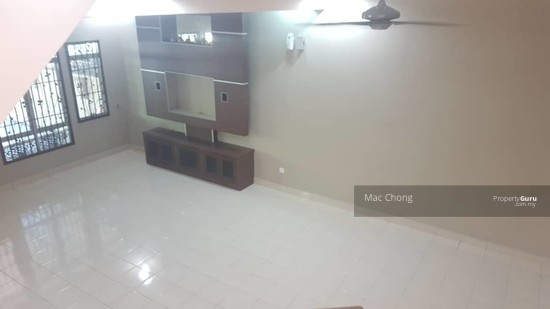Pelangi Semenyih 4 Taman Double Storey Terrace House FULLY RENOVATED 20x70  130135137
