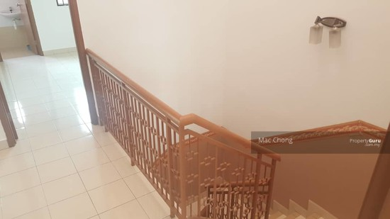 Pelangi Semenyih 4 Taman Double Storey Terrace House FULLY RENOVATED 20x70  130135149