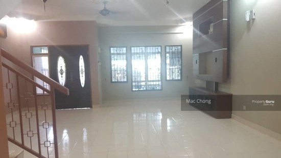 Pelangi Semenyih 4 Taman Double Storey Terrace House FULLY RENOVATED 20x70  130135162