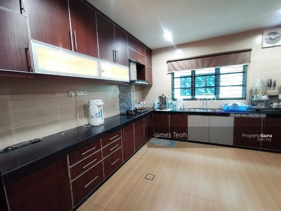 Fully Renovated - 2 STY Superlink Endlot Bandar Bukit Tinggi 2 Bandar Botanic Nearby Aeon Klang  130342389