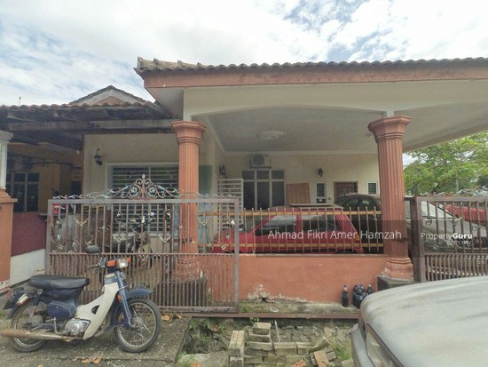 [RENOVATED CORNER LOT] Single Storey Taman Semarak Nilai  130440289