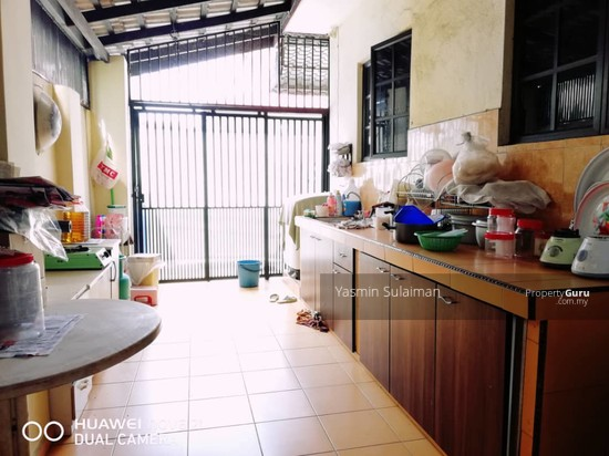SEMI DETACHED HOUSE TAMAN MELATI, SUNGAI KANTAN, KAJANG, SPACIOUS AND RENOVATED  130450031