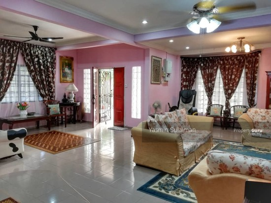 SEMI DETACHED HOUSE TAMAN MELATI, SUNGAI KANTAN, KAJANG, SPACIOUS AND RENOVATED  130450039