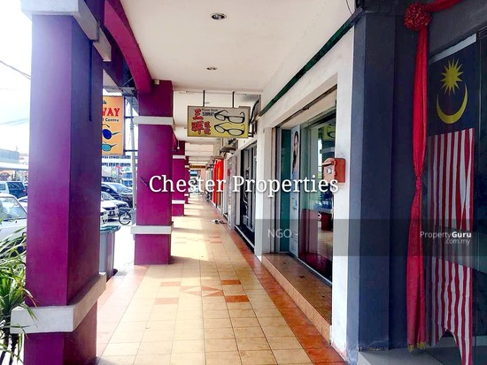 Ground Floor Shop Unit With Tenancy   Lian Hoe Plaza Jalan Abu Bakar  Batu Pahat  130481811