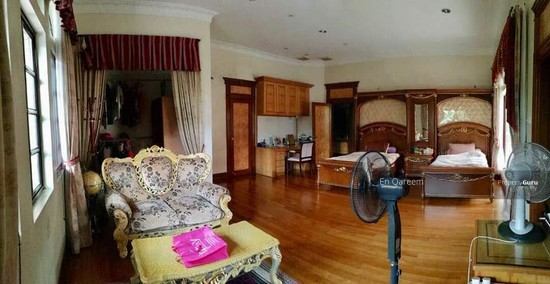 Bungalow Mewah Country Heights Kajang with Swimming Pool  130760643